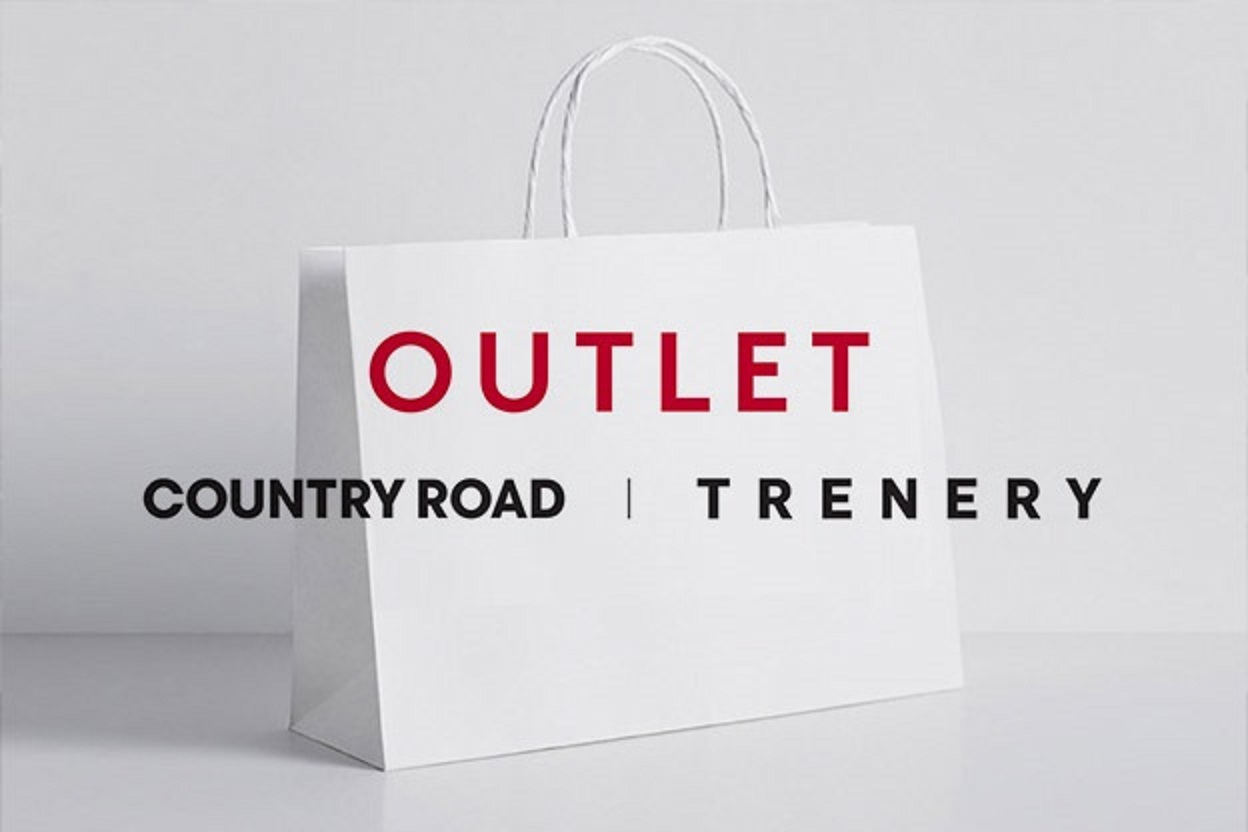 Outlet Country Road